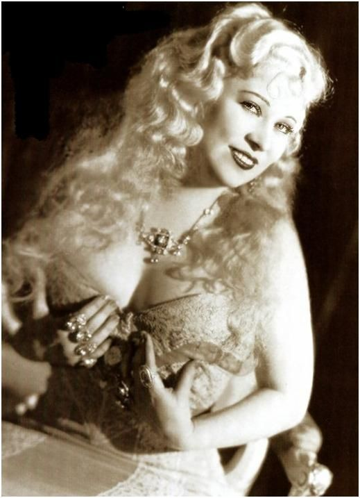 Beauty Icon: Mae West.