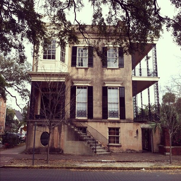 Beach Houses In Savannah Ga Part - 19: Historic Home In Savannah, GA.. This House Has Been Vacant For Years.