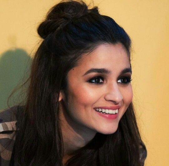 75 Best Alia Bhatt Images On Pinterest Bollywood Actress