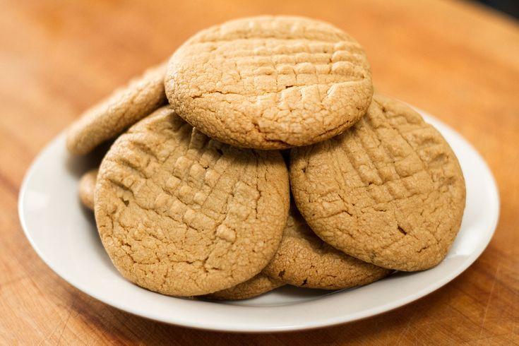 Recette de Biscuits au beurre d'arachides à 3 ingrédients selon Bob le Chef - L'Anarchie Culinaire