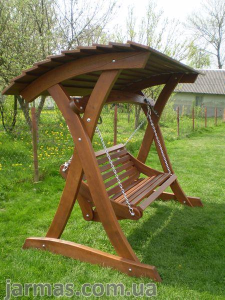 Schaukelgarten. Schaukel aus Holz Pavillons, Schau…