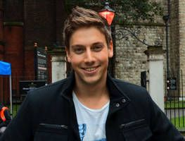 Lincoln Younes chats about filming in the city of London.