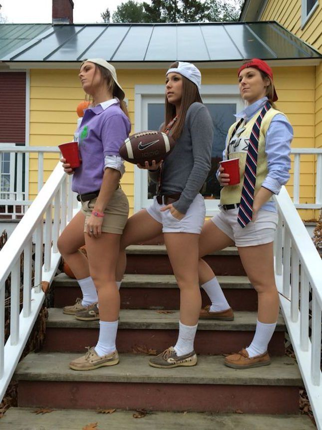 Dress up as frat boys with the help of this DIY Halloween costume idea.