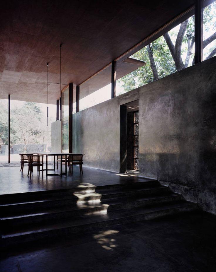 Image 4 of 26 from gallery of Belavali House / Studio Mumbai. Photograph by Helene Binet