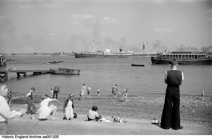 AA001205 People on the beach at Gravesend with shipping in the background.  Please click the image for more information or to search our collections further.