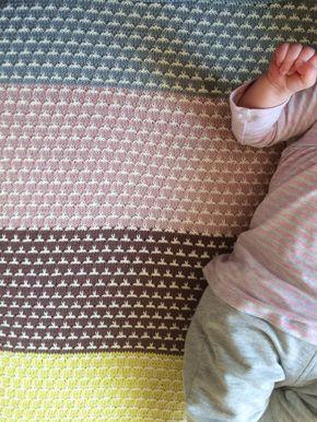 Zoek je een leuk patroon voor een babydeken met meerdere kleurtjes, dan is dit een mooi ontwerp: Het patroon is duidelijk beschreven en ook uitgetekend in een tabelletje.