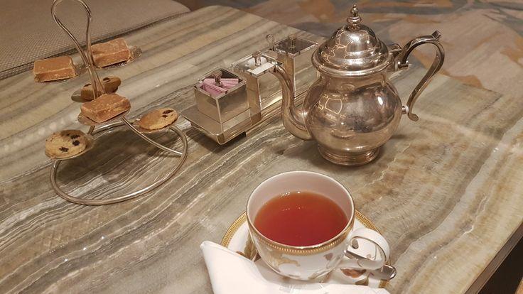 Late night #Ginger #Tea shangri la colombo #eatwithleo #travelwithleo #shangrila