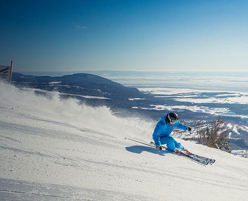 Le Massif & Mont Ste-Anne - St.Lawrence Summits http://sommetsdusaint-laurent.com/ #SommetsStLaurent Ski // Ski Québec