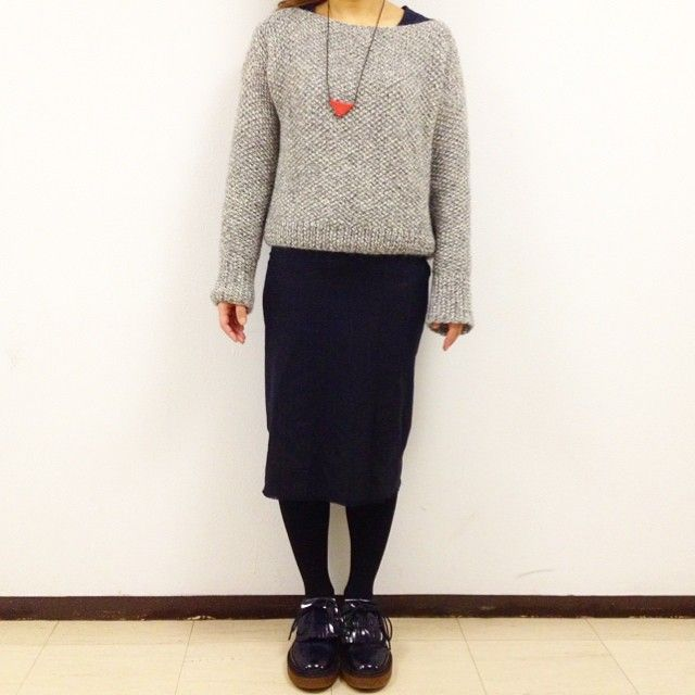 "@giiton's photo: ""SUPERBOWL SWEATER* ベビーアルパカ100%の糸で編むシンプルな形のセーターです◎"""