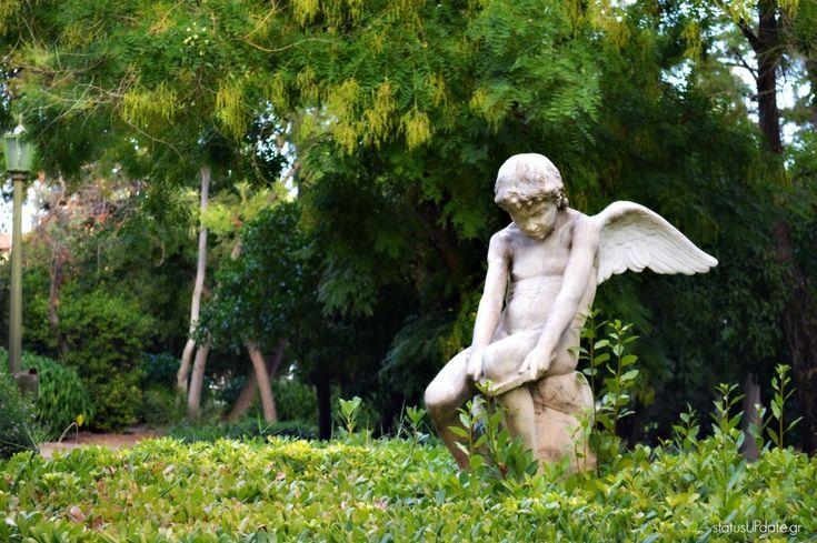 Ο έρωτας σπάει το τόξο του-άγαλμα Ζαππείου
