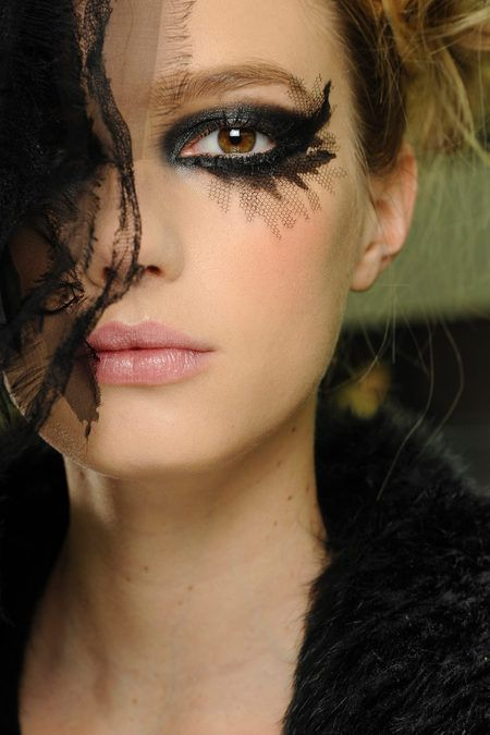 Chanel make-up! Drama queen