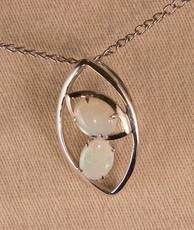 Sterling Silver Crystal Opal pendant & necklace