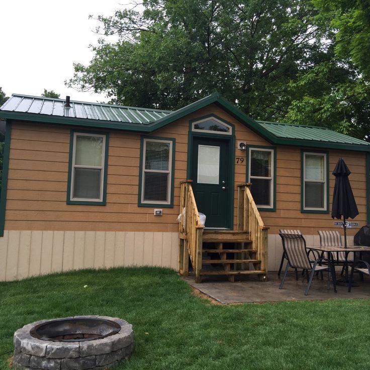 Getaway at KOA Toronto West  - deluxe cabin