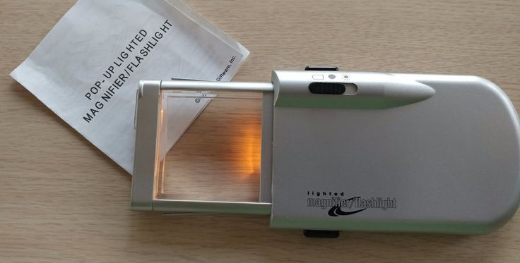 Pop-up lighted magnifier flashlight jewelry & watch hobby tool compact safe lens #EBGiftware