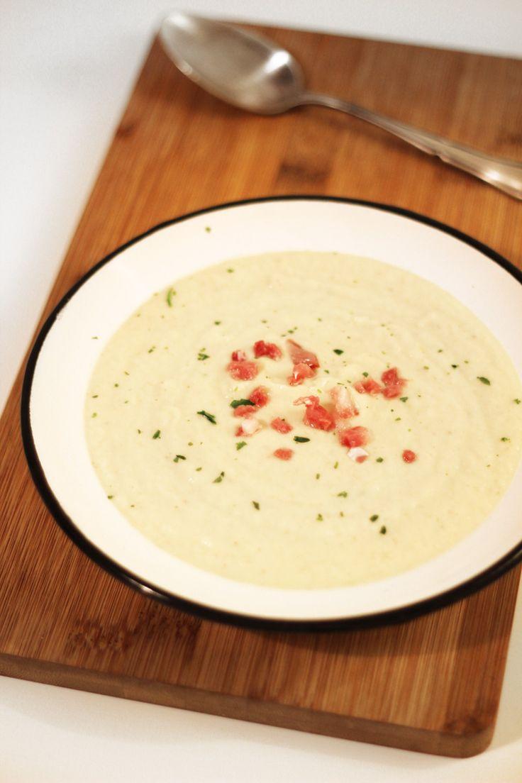 Rezept für Blumenkohlsuppe Low Carb und mit wenig Fett