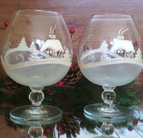 Set of 2 hand painted christmas brandy cognac glasses cold for Christmas painted wine glasses pinterest
