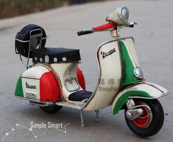1/12 Miniature Retro Style 1955 Vespa Motorcycle by SimpleSmart
