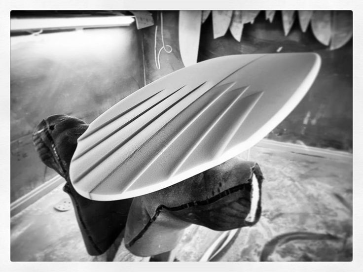 Subtle channels. #visionary #custommade #surfboard #shaping #shaper #surfboards #channels http://ift.tt/19MEsb6 http://ift.tt/1v0LElc