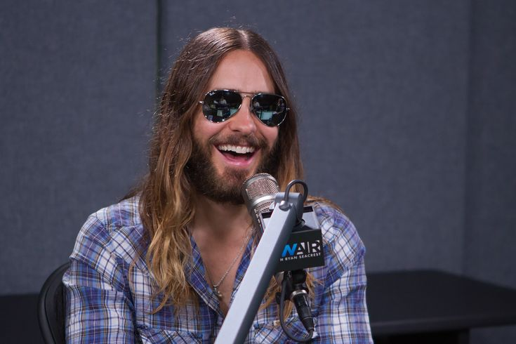 Oscar winner, rockstar, and all-around sex symbol Jared Leto graced On Air with Ryan Seacrest with a special in-studio interview on Tuesday morning.