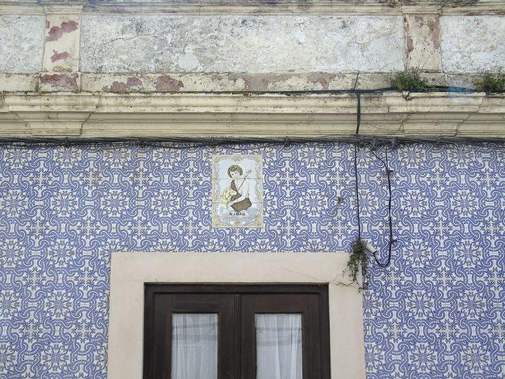 Alcochete | Registo de São João Baptista / Register of Saint John the Baptist [© Ana Almeida] #Azulejo #AzulejoDoMês #AzulejoOfTheMonth #Santos #Saints