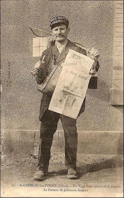 Le Porteur de journaux à St Germain des Fossés