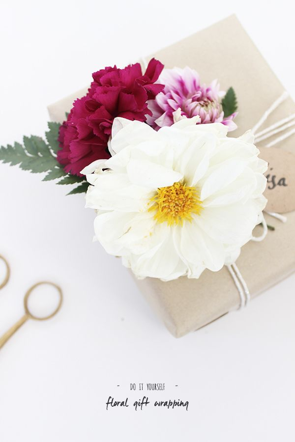 DIY-Fresh Floral Embellishments | Folk & Fest | Gift Wrapping and Packaging