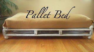Pallet Dog Bed - PERFECT! Finding so many amazing uses for pallets!