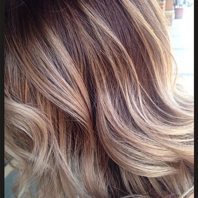 Beautiful - just beautiful! Such richness in this #balayage by Fairfax stylist…