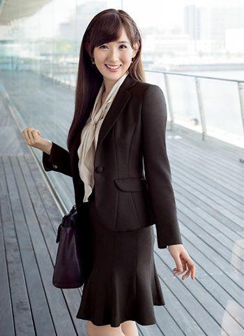 大人かわいいフェミニンなスカート♡ビジネススーツスカートのコーデ、スタイル・ファッションの参考に♪