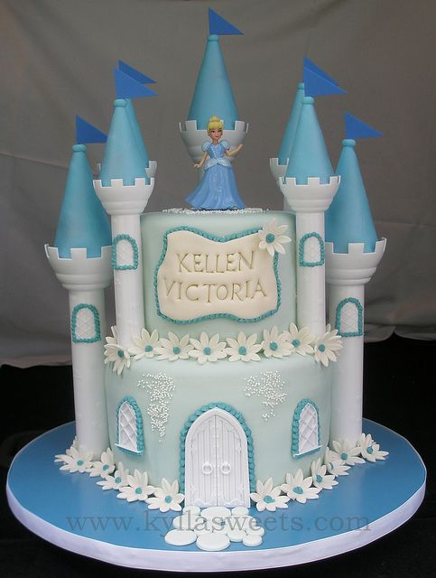 Pink and blue flowers along the edges instead. Cinderella castle cake | Flickr - Photo Sharing!