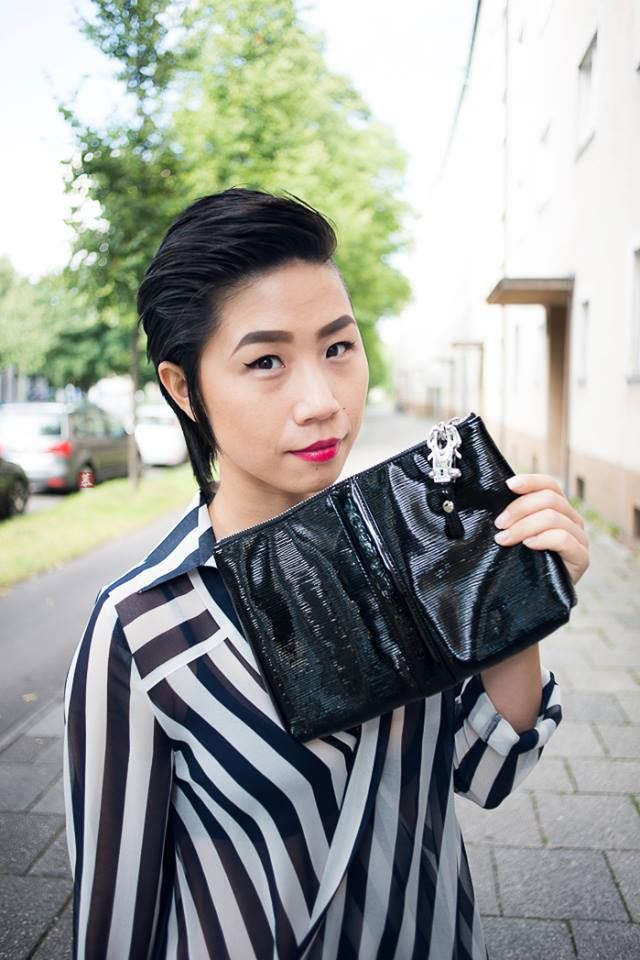 MUCstyle spotted wearing our new La Partie Block clutch, we love!
