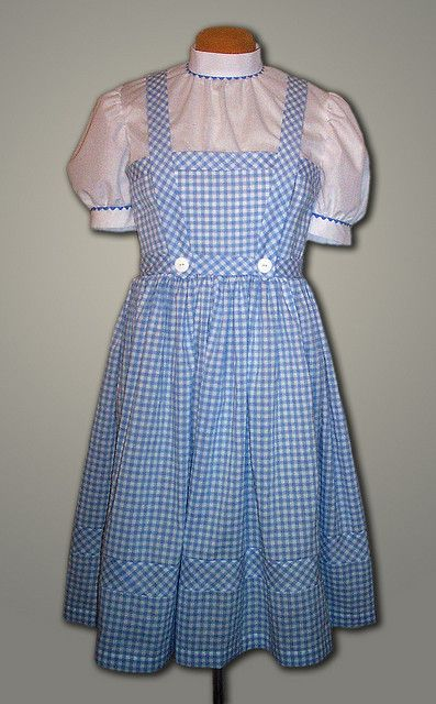A well trained petticoatee should know the difference between an Alice dress and a Dorothy dress.