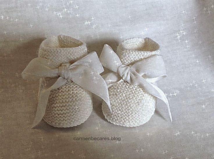 Patucos de lana para bebe. ( tejido dos agujas) carmenbecares.blogspot.com