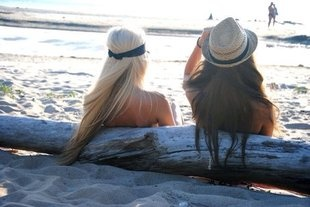 Goal 2: Maintain Cute Hair Anywhere.. including the beach!