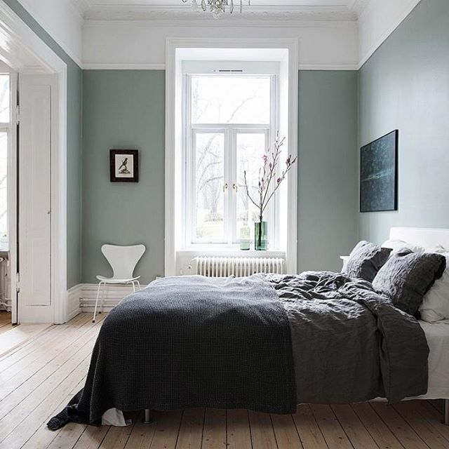 Absolutely stunning bedroom at Aschebergsgatan 9A atyled by Team @sarahwidman @elinkicken @evalottasundling #alvhem #alvhemmäkleri #vasastan #teamsarahwidman