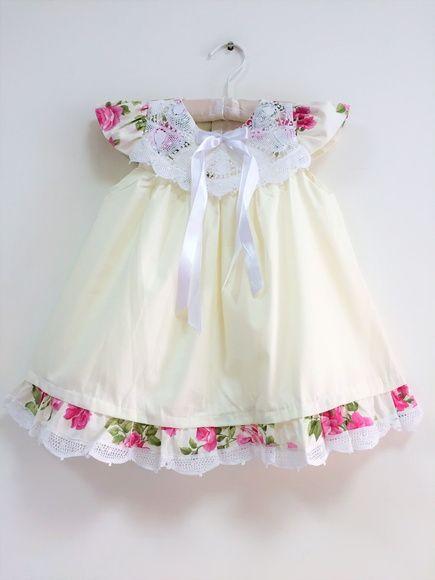 Vestido Cambraia de Algodão, Forrado, Com Detalhes em Renda Renascença. Tamanho: 1 Ano
