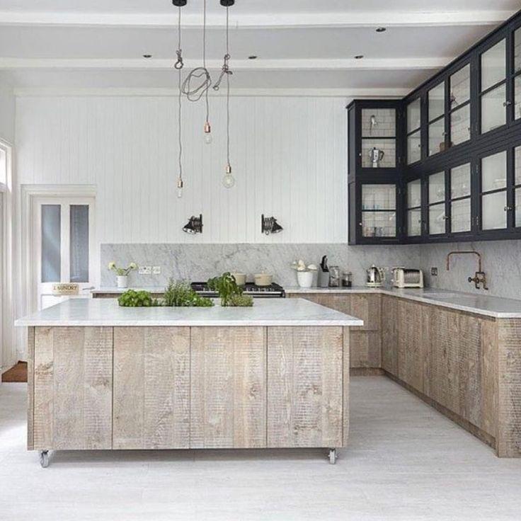 Classic kitchen via @threebirdsrenovations building inspo #cabin_co #building #barnhouse #interiorinspo