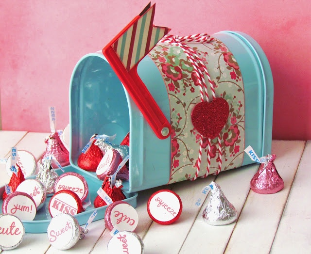 Sweet mailbox and cute little sentiments on the bottom of kisses make a special delivery!Valentine'S Day, Valentine Day, Gift Ideas, Candies, Valentine Mailbox, Chocolates Kisses, Mailbox Filling, Special Delivery, Kisses Delivery