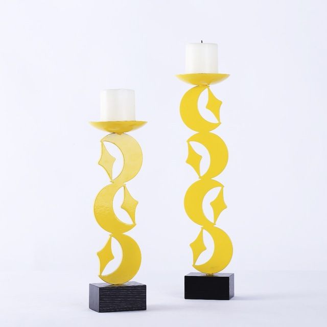 Hot Selling Bright and Shine Yellow Candle Stand Modern Luxurious Moon and Star Shape Delicate Candle Holder Home Decor