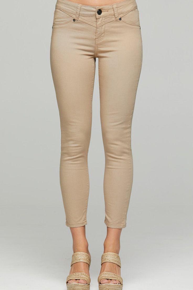 New London - Thames  Capri Jeans - Biscuit