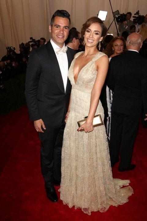 Jessica Alba & Man