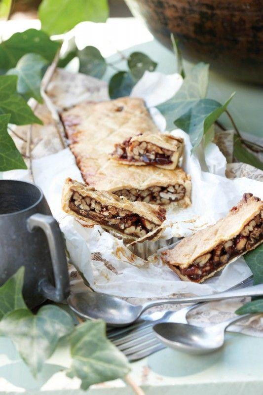 Caramel and pecan nut tart | SARIE