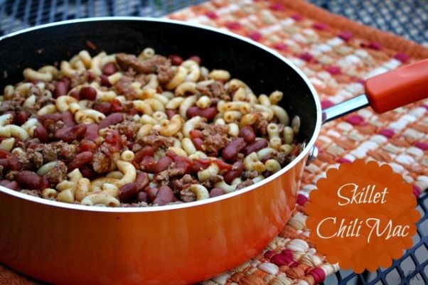 Mommy's Kitchen: Rachel Ray Kitchenware Review {Recipe: Skillet Chili Mac}