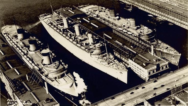 Normandie, Queen Mary, Queen Elizabeth docked in New York