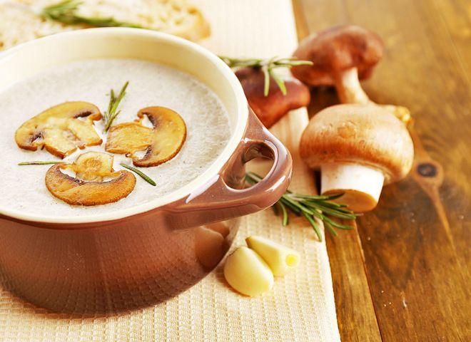 Суп из лесных грибов, ссылка на рецепт - https://recase.org/sup-iz-lesnyh-gribov/  #Супы #блюдо #кухня #пища #рецепты #кулинария #еда #блюда #food #cook
