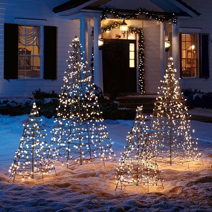 Adornos Navidenos Rusticos Para Exterior 50 Ideas Geniales Arbol De Navidad Con Luces Decoracion Exterior Navidad Decoraciones De Navidad Al Aire Libre