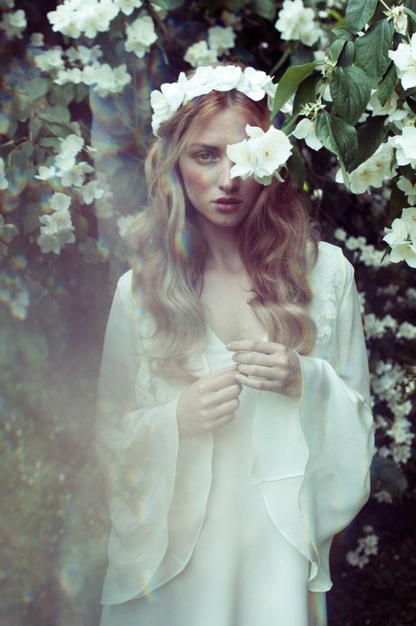Inspire Wedding | Midsummer Night's Dream | Inspiration, bride, dress, wreath, flowers