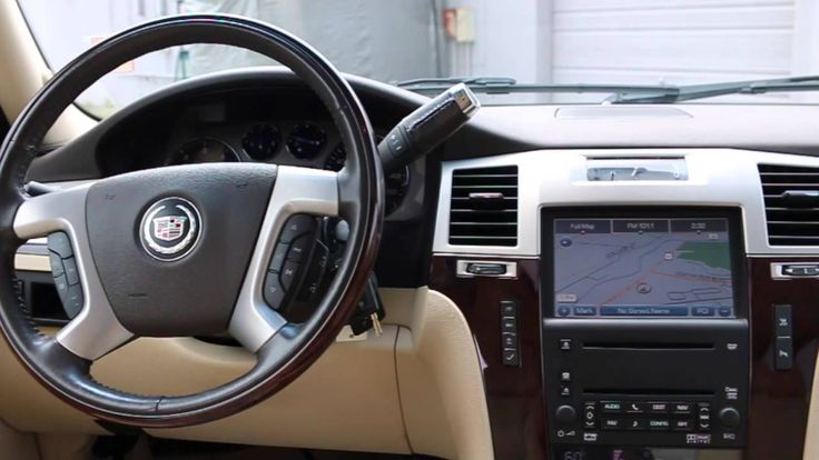 2008 Escalade EXT Luxury Fully Loaded - Ford of Murfreesboro