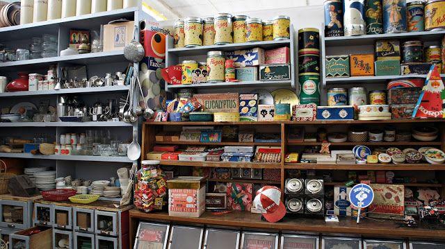 Kierrätyskeskukseen on avattu 'Riihimäen vanha kauppa'. Lue lisää Hattaralandia-blogista. Kuva: Jaana/Hattaralandia