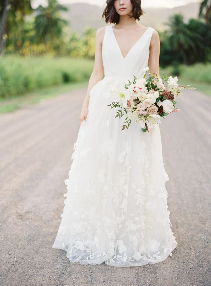 Photography: Christine Clark #hawaii #weddingbouquet #ウエディングブーケ #ウエディング #結婚式 #ハワイ